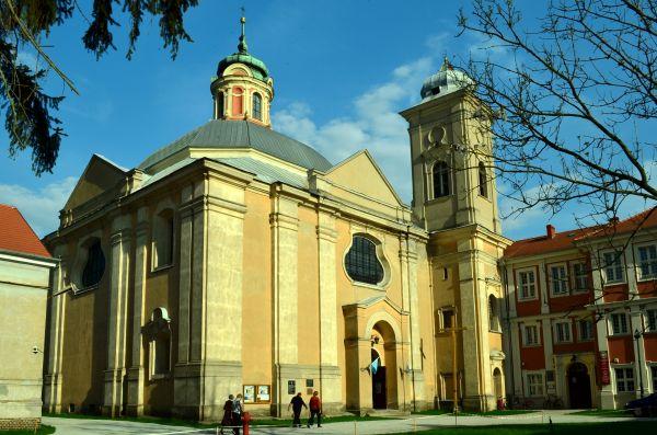 Owinska, kosciol par. p.w. sw. Jana Chrzciciela, pol XIII, 1720-28, 2405 z 21.12.1932 (1)