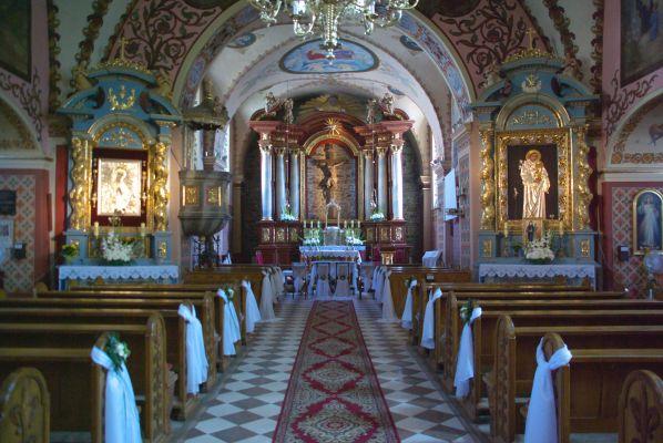 Nawa główna kościół oo. Franciszkanów Sanok