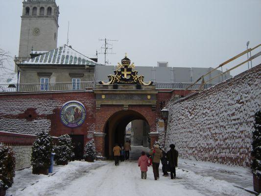 Jasna Góra-brama zima
