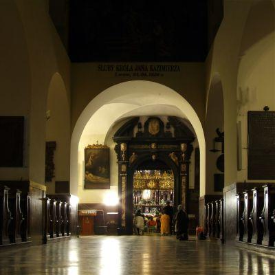 Kaplica Cudownego Obrazu - nawa główna