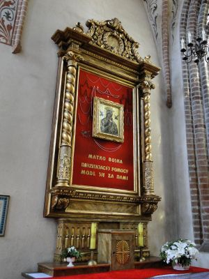 Stargard Szczec kosciol Mariacki oltarz (2)