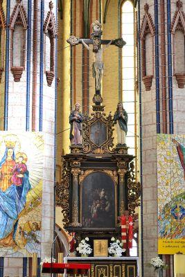 Stargard Szczec kosciol Mariacki oltarz gl