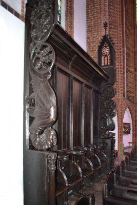 Kolobrzeg katedra stalle kapituly (2)