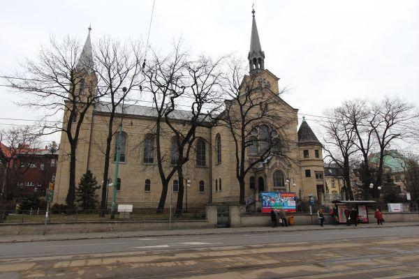Kościół ewangelicki Zmartwychwstania Pańskiego w Katowicach, od Warszawskiej