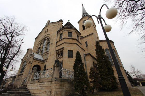 Kościół ewangelicki Zmartwychwstania Pańskiego w Katowicach, tył od Warszawskiej
