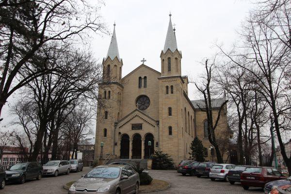 Kościół ewangelicki Zmartwychwstania Pańskiego w Katowicach od frontu