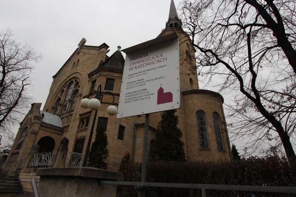 Kościół ewangelicki Zmartwychwstania Pańskiego w Katowicach - informacje o mszach
