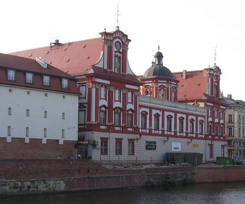 Wrocław - Ossolineum od Grodzkiej