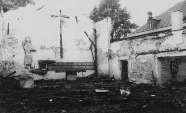 Spalony kościół Chrystusa Dobrego Pasterza w Chropaczowie
