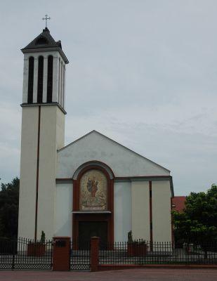 Kosciol Najswietszej Maryi Panny Wspomozycielki Wiernych (Stanislawow Pierwszy)