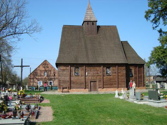 Były kościół ewangelicki w Smarchowicach Śląskich 2