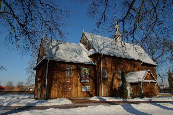 Borów - kościół drewniany