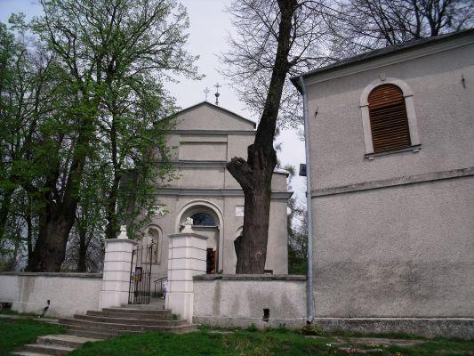Stara Zbelutka. Kościół p.w. św. Doroty2