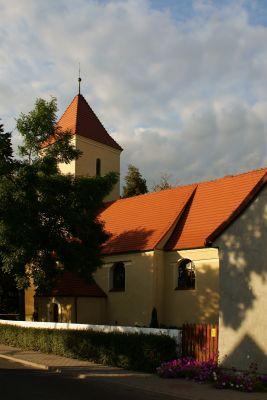 Rzeczyca( pow.Polkowice) - Kościół parafialny św. Jadwigi. 2