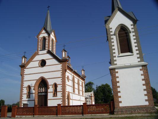 414 62 kościół par. p.w. św. Jadwigi Śląskiej Samogoszcz 2