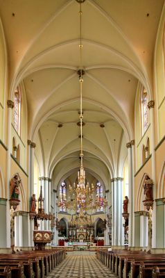 Kościół św. Jana Chrzciciela w Raciborzu - nawa główna 1