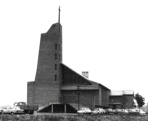 Kościół w Porębie po wybudowaniu