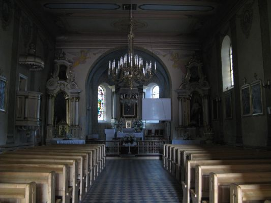 Grabkowo - wnętrze kościoła par. p.w. św. Marii Magdaleny - MF-IMG 5734