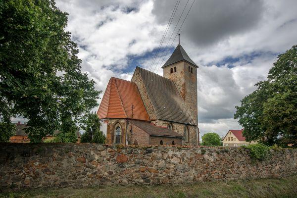 SM Łagoszów Wielki kościół św Michała Archanioła(5) ID 596813