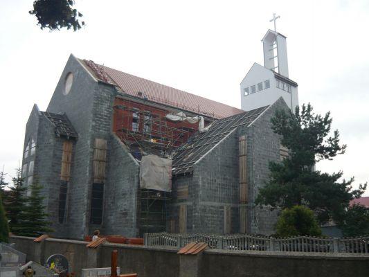 Kościół św. Apostołów Szymona i Judy Tadeusza oraz św. Marii Magdaleny w Chwaszczynie (nowy)
