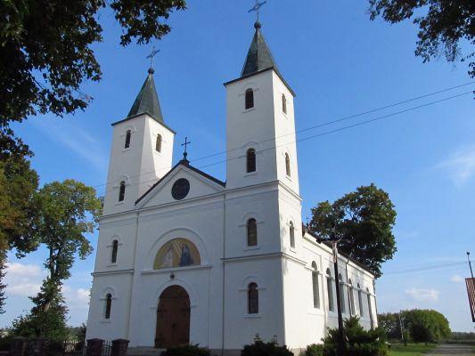Neobarokowy kościół pw Św. Anny w Borzechowie 10