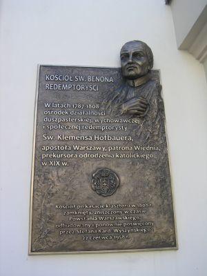 Tablica na Kościele św. Benona w Warszawie