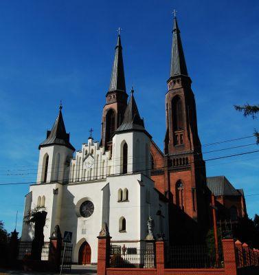 Fasada kościoła p.w. Św. Joachima 3