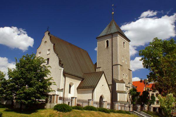 Polkowice - Kościół parafialny p.w. św. Michała Archanioła