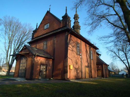 Drewniany kościół w Dzierzkowicach 4
