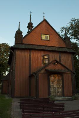 Kościół par. p.w. śś. Stanisława Biskupa i Marii Magdaleny (drewn., 1730-48)