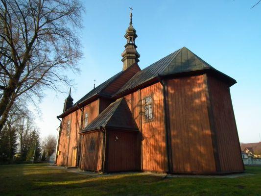 Drewniany kościół w Dzierzkowicach 6