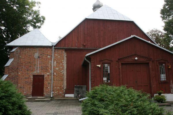Kraszewo, kościół par. p.w. Świętej Trójcy 02; Kot