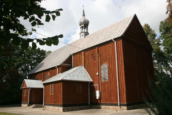 Koziczynek, kościół par. p.w. Świętej Trójcy 01; Kot