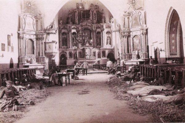 Przasnysz. Lazaret w kościele farnym, 1915