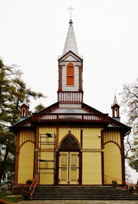 Parish church of the Holy Assumption in Krzywosądz 2