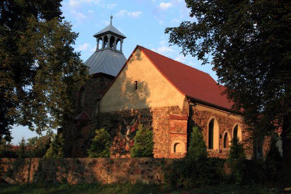 Jerzmanowa --Kościół Wszystkich Świętych (zetem) 13