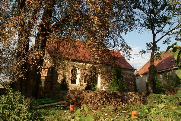 Jerzmanowa --Kościół filialny Wszystkich Świętych, (zetem) 4