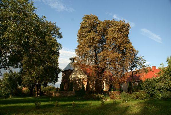 Jerzmanowa --Kościół filialny Wszystkich Świętych (zetem) 03