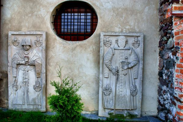 Jerzmanowa --Kościół Wszystkich Świętych (zetem) 7