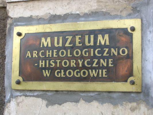 Muzeum Archeologiczno-Historyczne w Głogowie tablica