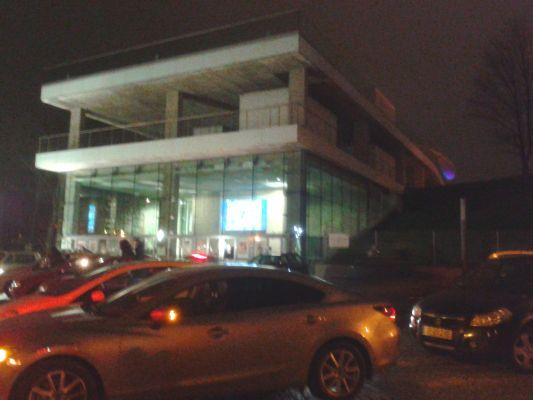 Muzeum Polskiej Piosenki nocą