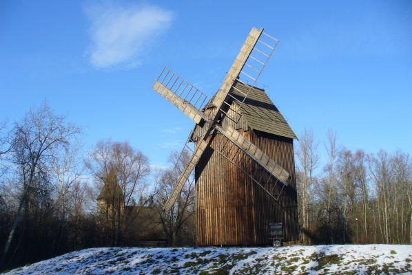 Bierkowice - muzeum - wiatrak