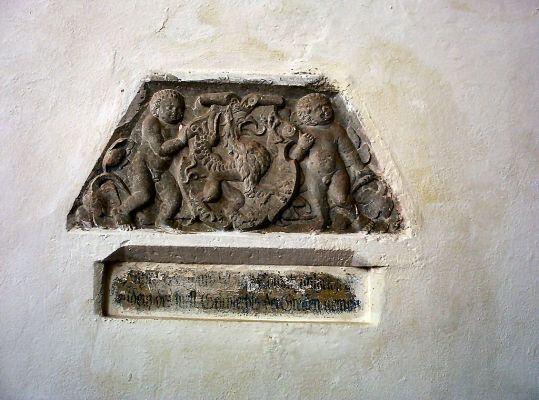 Kolbacz prezbiterium plaskorzezba