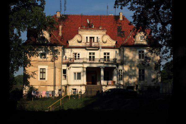 Kaźmierzów -- Pałac- (zetem)
