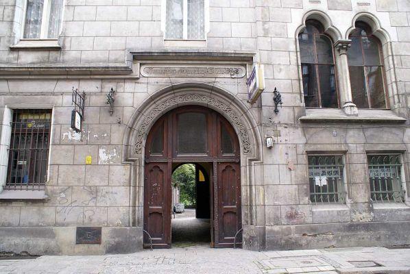 Pałac hrabiów Ballestremów Włodkowica 4 fot BMaliszewska