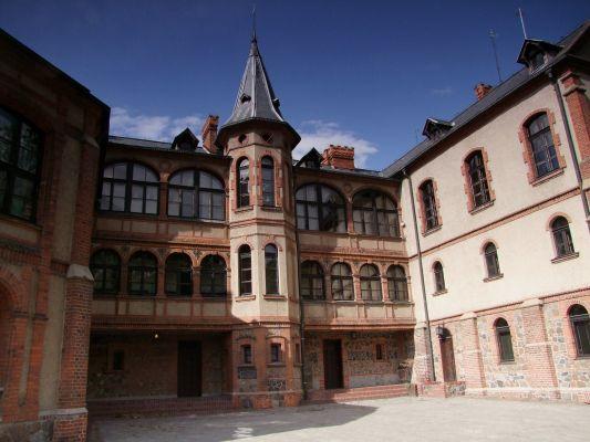 2008 08050336 - Gołuchów - zespół zamkowy - pałac