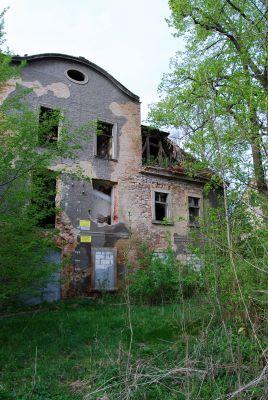 Pałac Dolny w Sokołowcu -ruina