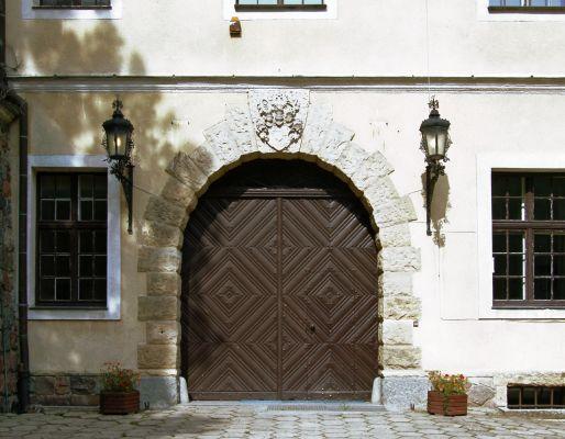 Pałac Hochenbergów w Goraju - wejście