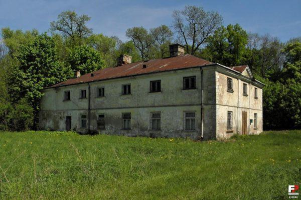 Łaziska, Pałac - fotopolska.eu (212934)