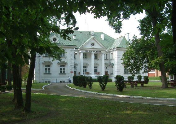 Pałac w Gościeradowie 1